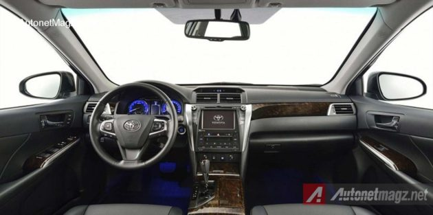 Interior-Toyota-Camry-Facelift-2015