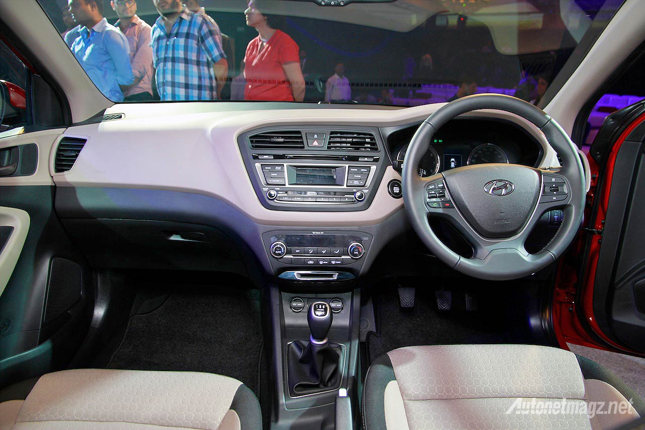 All new hyundai i20 resmi diluncurkan di india autonetmagz for Hyundai i20 2015 interior