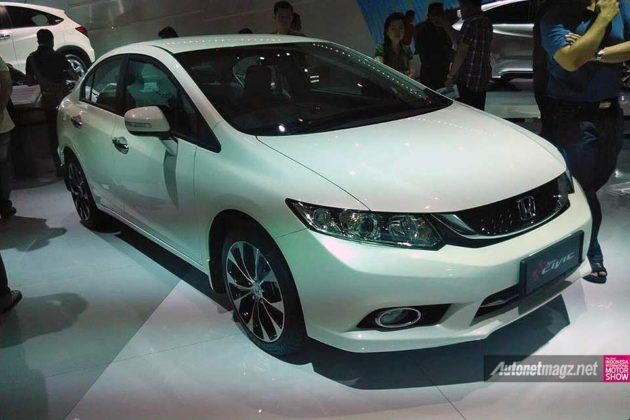 Honda Civic facelift 2014 Indonesia di IIMS 2014