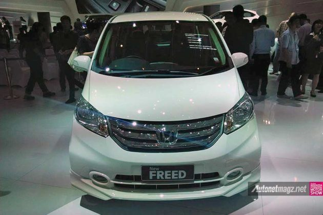 Honda Freed baru 2014 facelift Indonesia