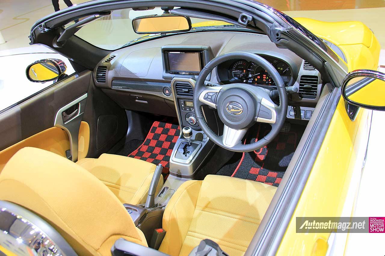 Interior dashboard Daihatsu Copen 2015
