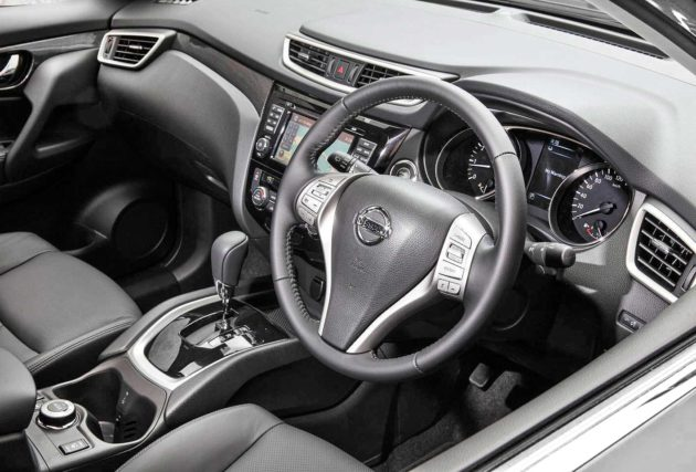 Interior dashboard Nissan X-trail baru 2014