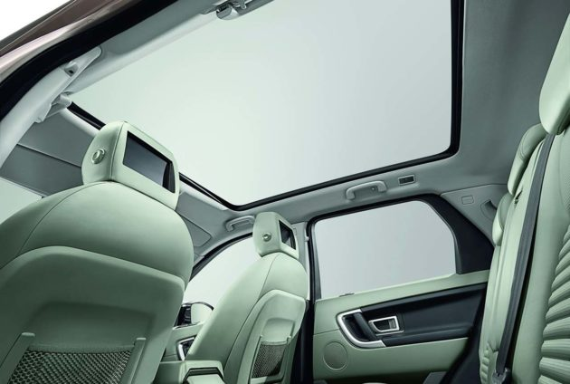 Land Rover Discovery Sport Panoramic Roof