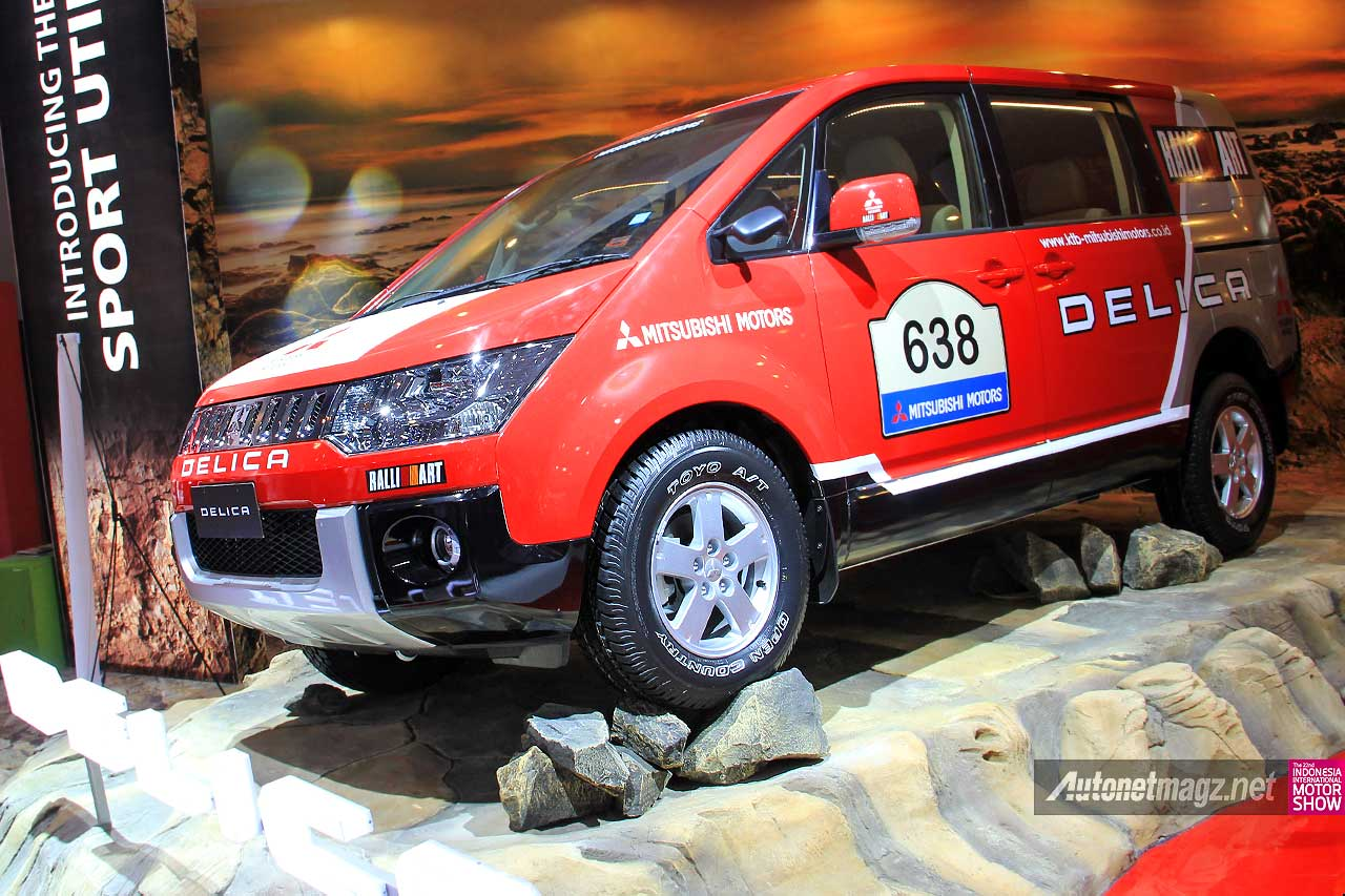 IIMS 2014, Mitsubishi Delica D5 Ralliart rally livery sticker: [Exclusive] First Impression Review Mitsubishi Delica 2014 Indonesia [with Video]