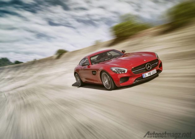 Wallpaper Mercedes Benz AMG GT Merah