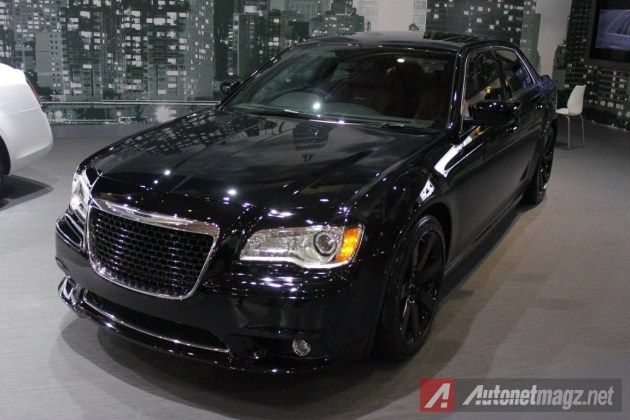 Chrysler-300C-SRT8