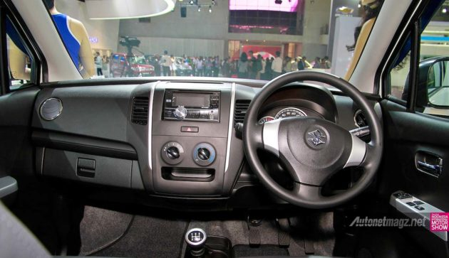 Karimun Wagon R GS Interior Dashboard