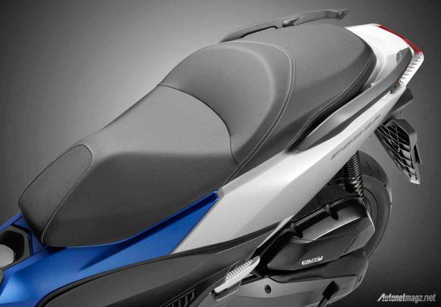 Mesin motor skutik Honda Forza 125 tahun 2015