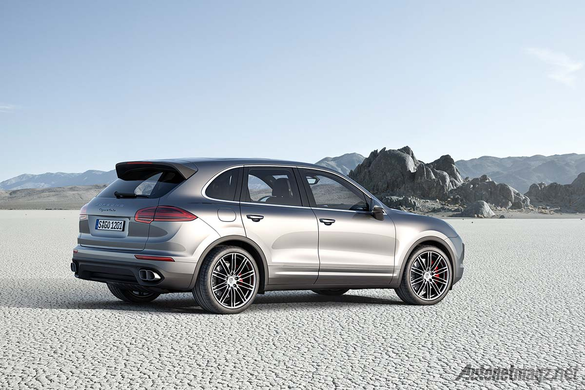 porsche perkenalkan cayenne s e hybrid lebih irit dari lcgc. Black Bedroom Furniture Sets. Home Design Ideas