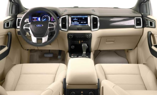 Dashboard-Ford-Everest-Indonesia-2015