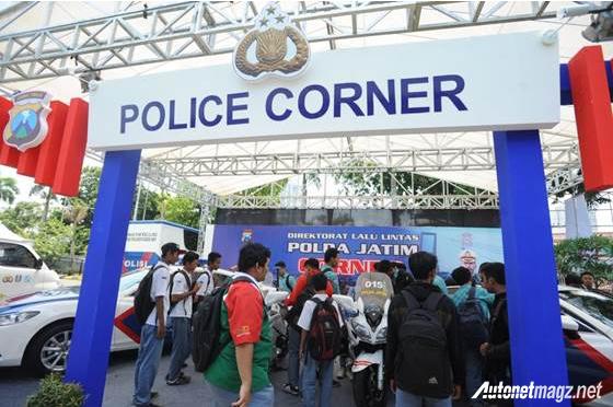 Police-Corner-Pameran-Otomotif-Surabaya-2014