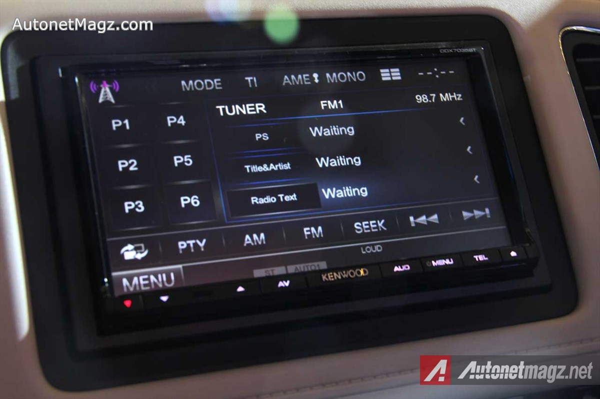 Honda, Honda-HRV-Prestige-Head-Unit-Kenwood: First Impression Review Honda HR-V Prestige by AutonetMagz