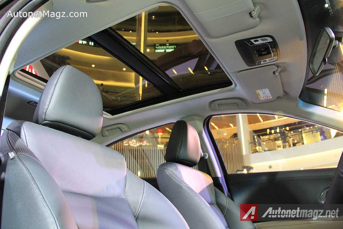 Honda, Honda-HRV-Prestige-Panoramic-Sunroof: First Impression Review Honda HR-V Prestige by AutonetMagz