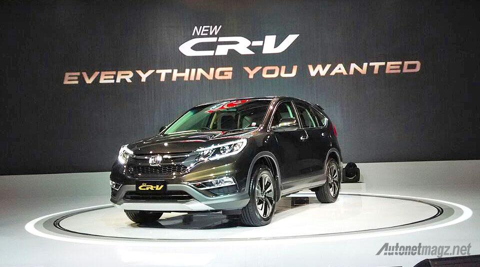Honda, Harga dan spesifikasi Honda CR-V facelift baru 2015 Indonesia: Harga Honda CR-V Facelift Tembus 477,5 Juta Rupiah!