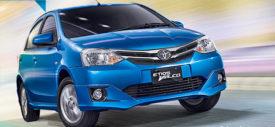 Interior-Toyota-Etios-Valco-facelift-2015