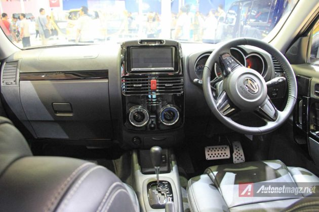 interior Terios Spirit 2015
