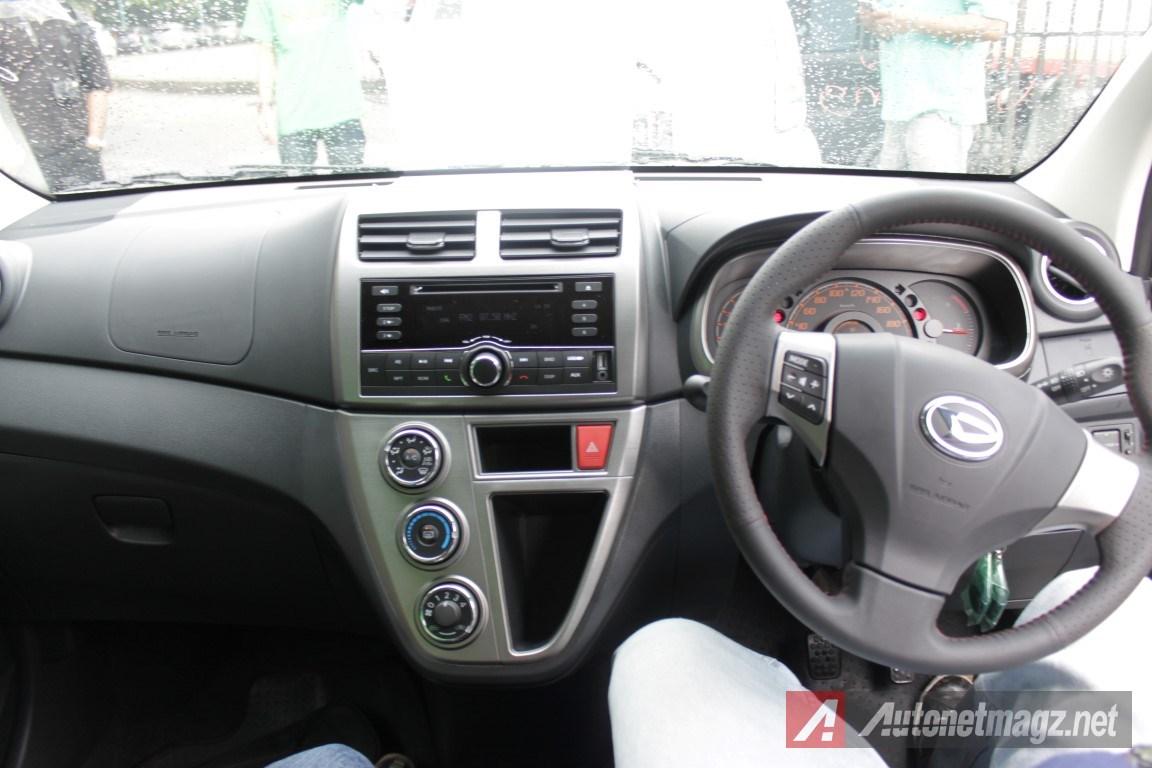 2015-Daihatsu-Sirion-Facelift-Dashboard