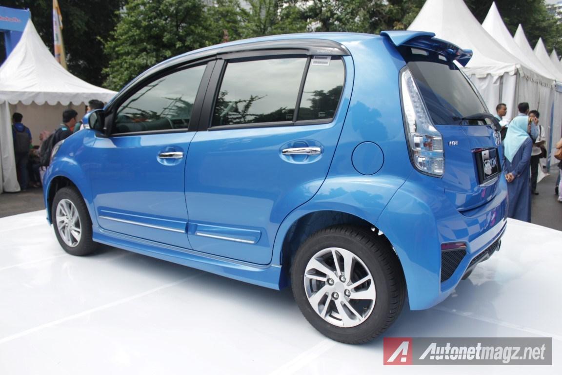 2015-Daihatsu-Sirion-Facelift-Rear