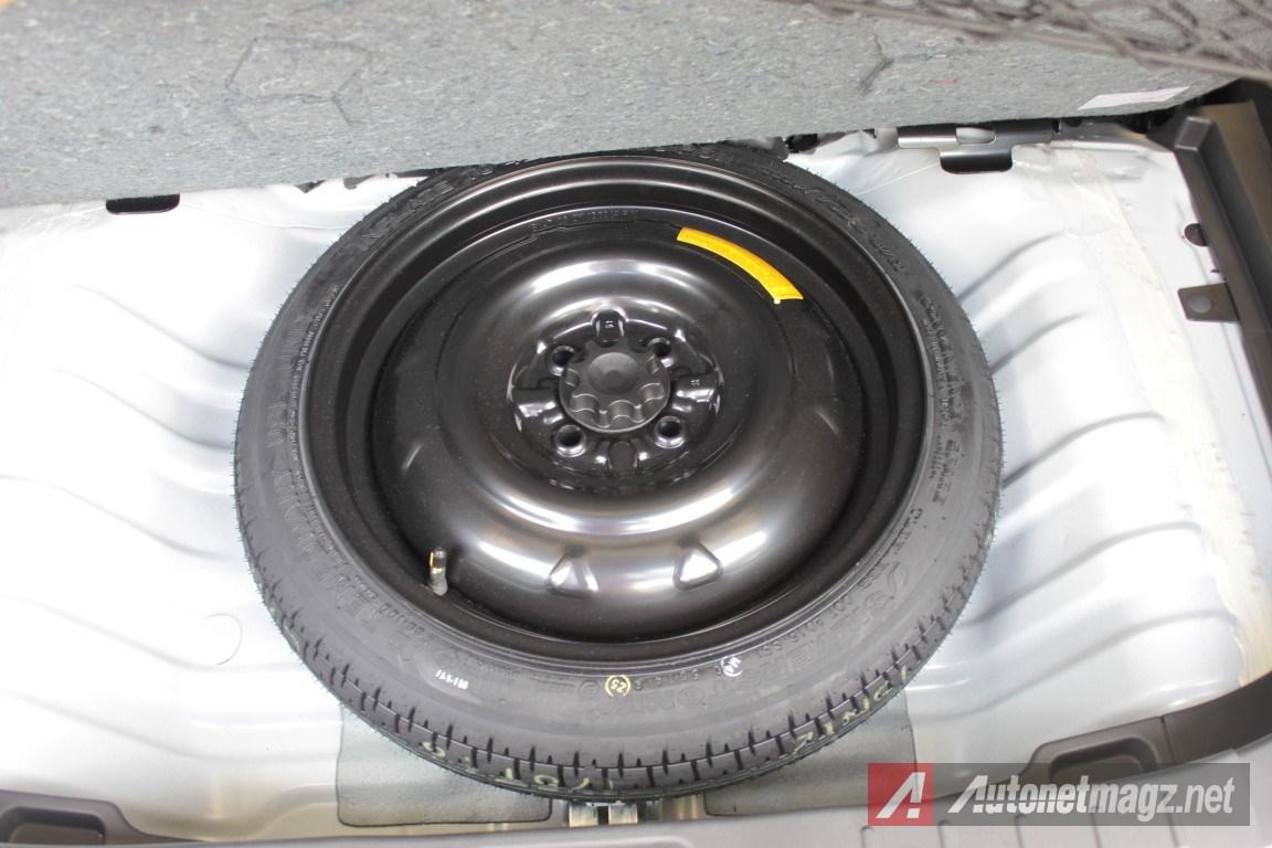 2015-Daihatsu-Sirion-Facelift-Spare-Tyre