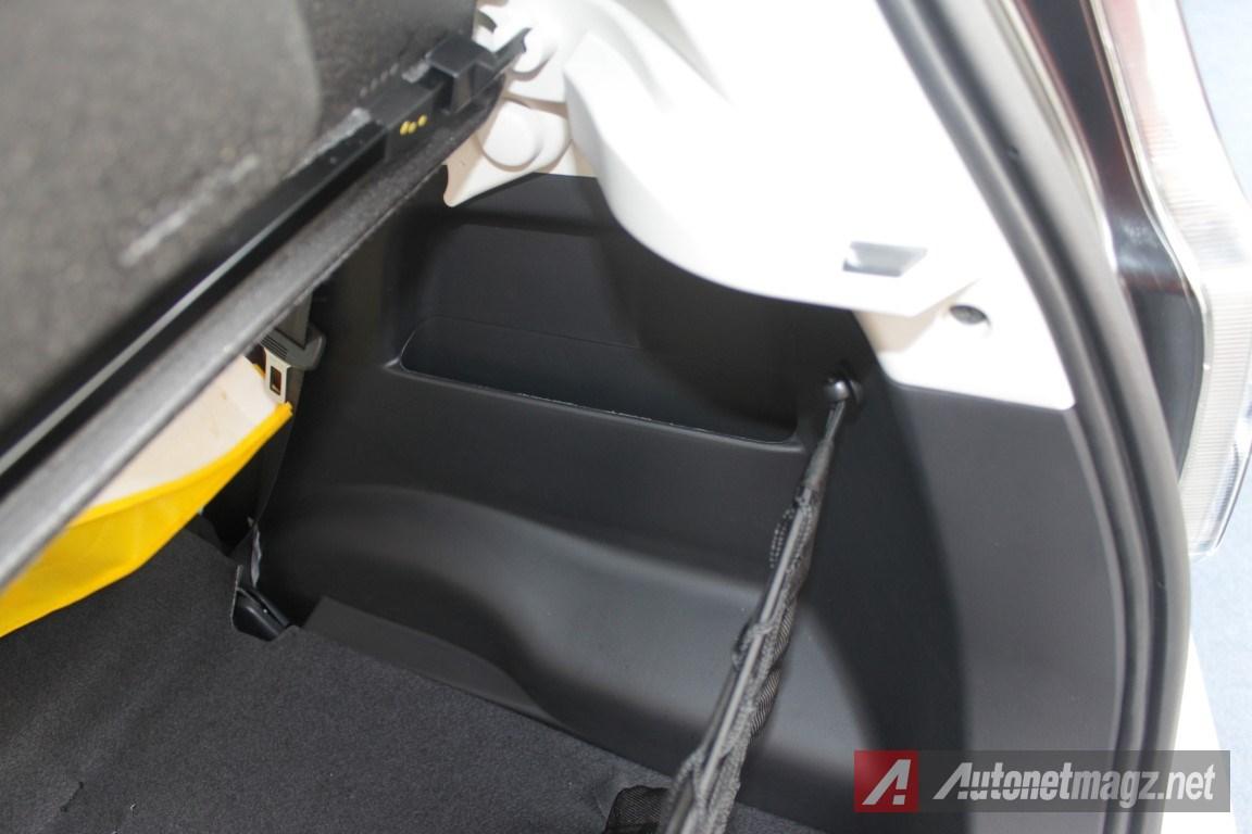 2015-Daihatsu-Sirion-Facelift-Storage