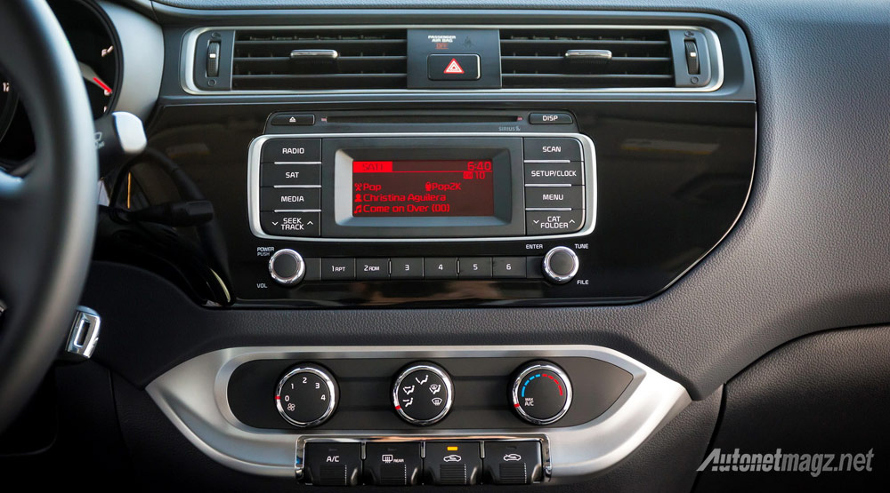 head-unit-kia-rio-facelift