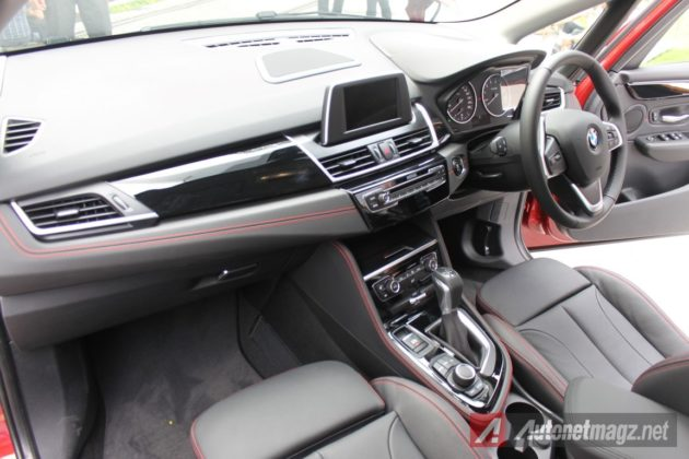 2015 BMW 2-Series Active Tourer Interior