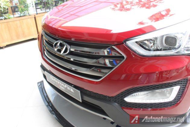 2015-Hyundai-Santa-Fe-D-Spec-Grille