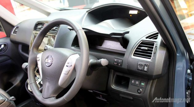 2015-Nissan-Serena-Facelift-Dashboard