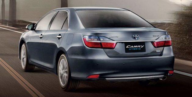Desain-Belakang-Toyota-Camry-2015