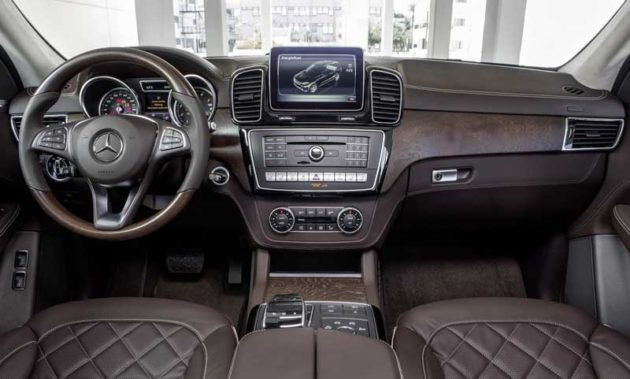 Mercedes-Benz-GLE-2016-Interior