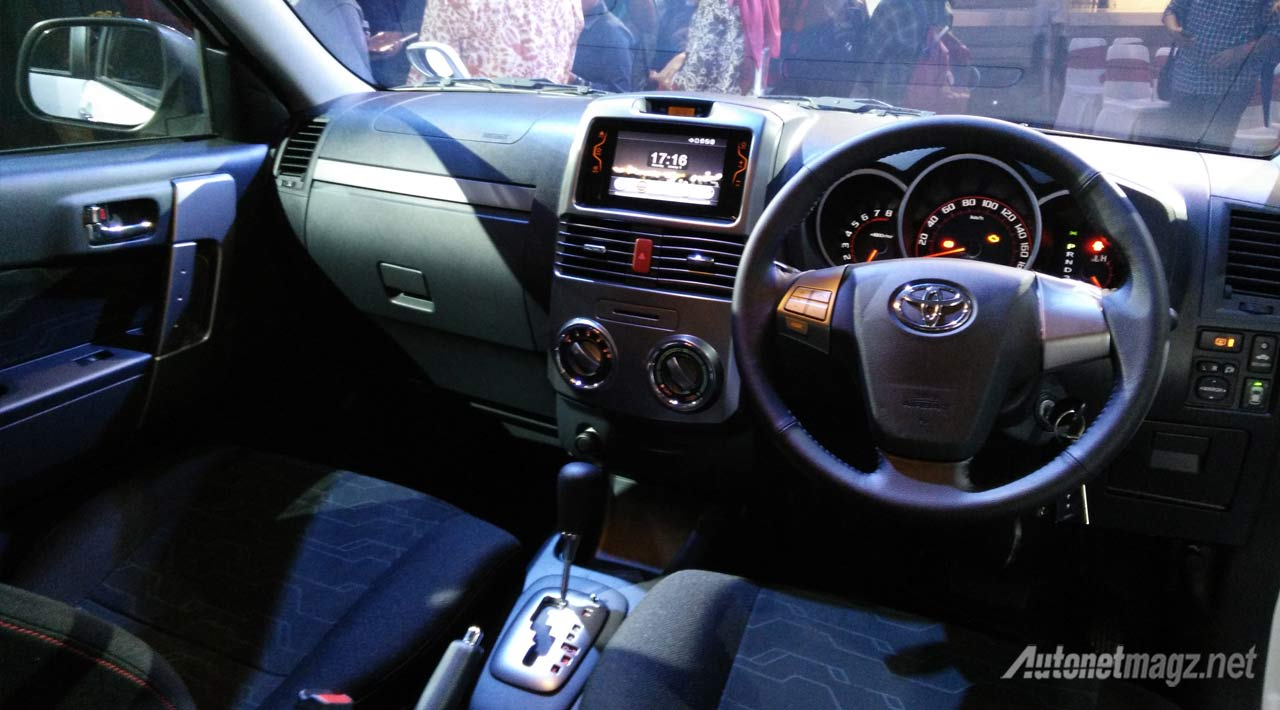 Foto interior new toyota rush facelift 2015 for Interior news