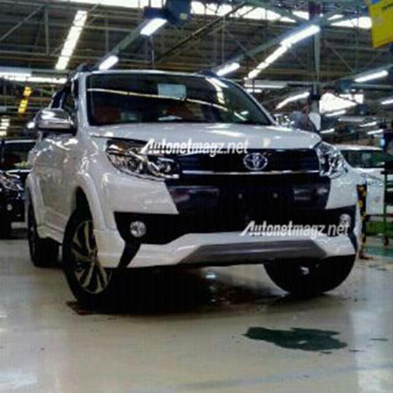 Akankah Toyota C-HR Menjadi Penerus Toyota Rush dan Daihatsu Terios?