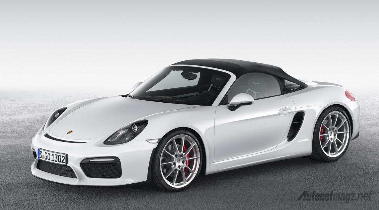 Porsche-Boxster-Spyder-2015-atap-tertutup