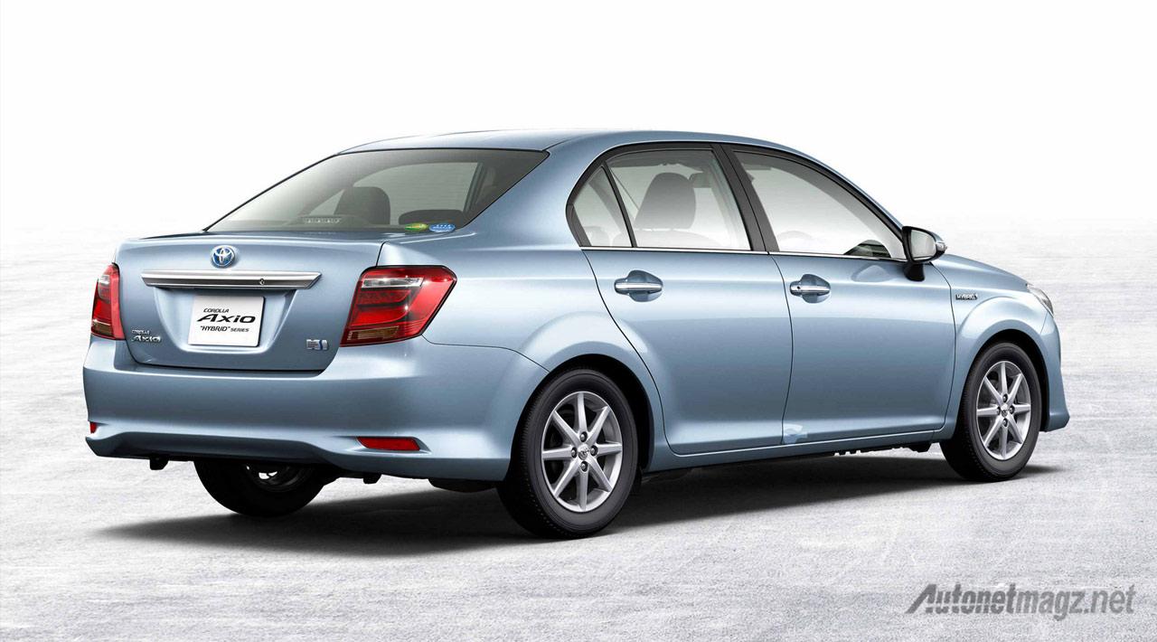 Toyota-corolla-axio-hybrid