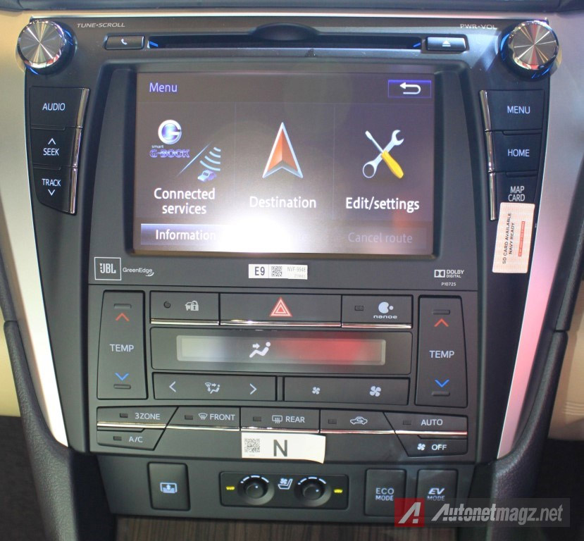 head-unit-toyota-camry-hybrid-facelift
