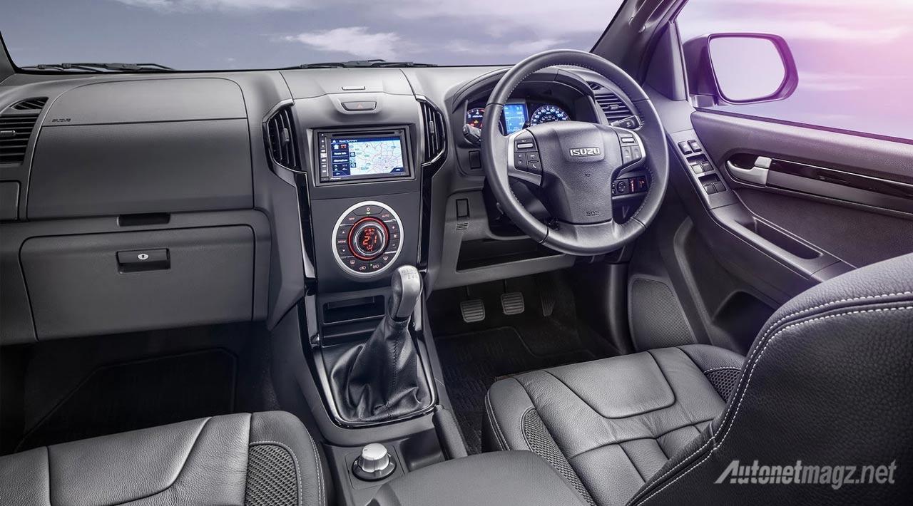 interior-isuzu-d-max-blade