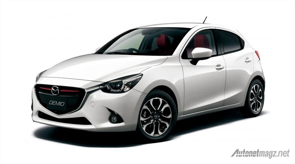 Mazda-2-Mid-Century