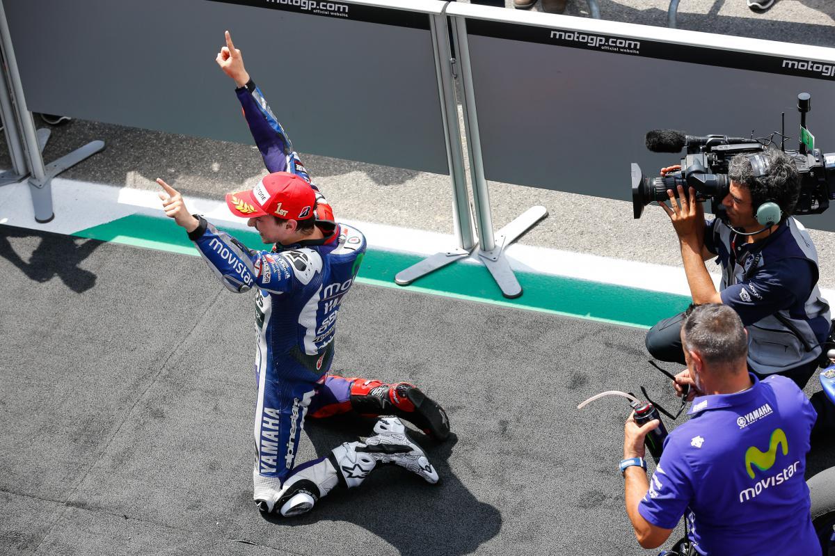 MotoGP, Lorenzo Menang MotoGP Mugello 2015: Yamaha Kokoh di Klasemen MotoGP 2015 Setelah MotoGP Mugello Dimenangkan Lorenzo