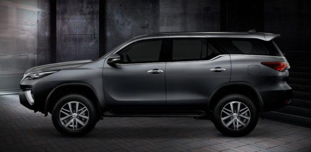 2016-Toyota-Fortuner-Thailand-Grey