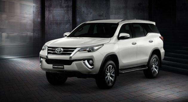 2016-Toyota-Fortuner-Thailand-White