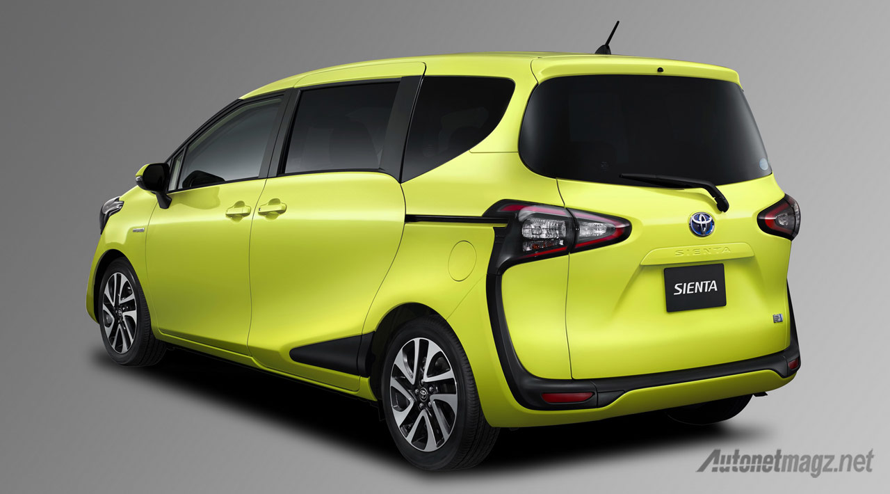 all-new-toyota-sienta-rear