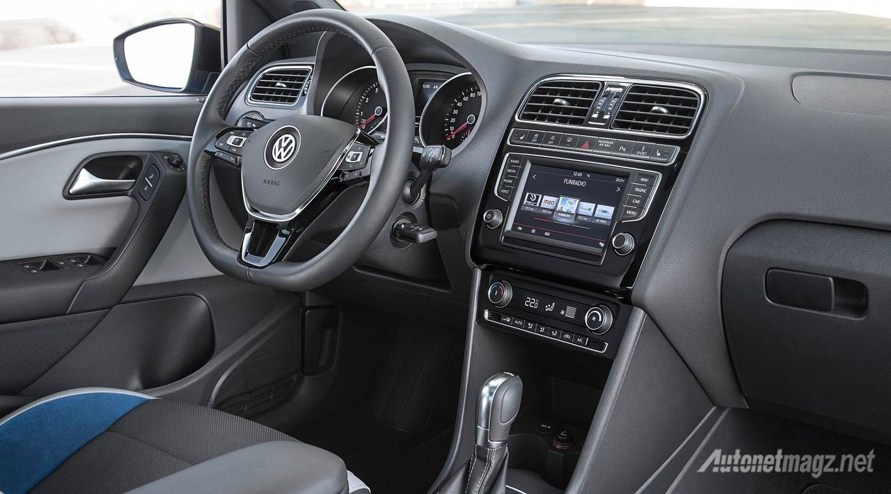 interior-vw-polo