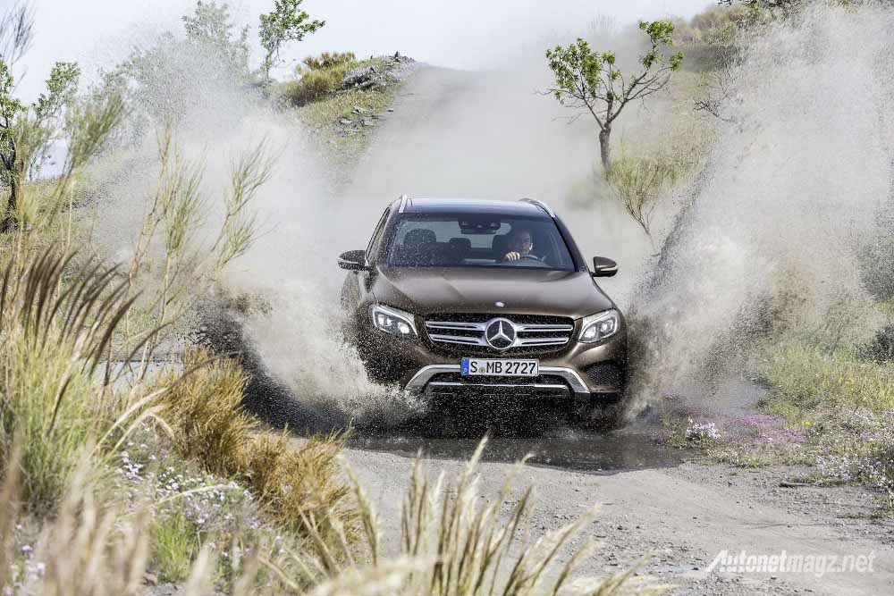 Berita, mercedes-benz-glc-class-launched-in-germany-offroad: Mercedes-Benz GLC-class Terbaru Diperkenalkan Di Jerman