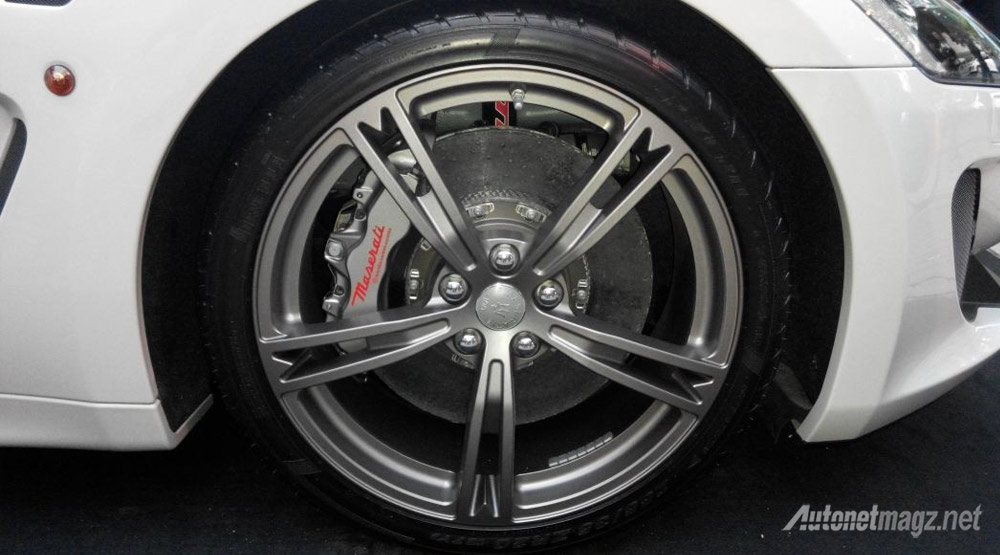 pelek-Maserati-MC-Stradale-Centennial-Edition
