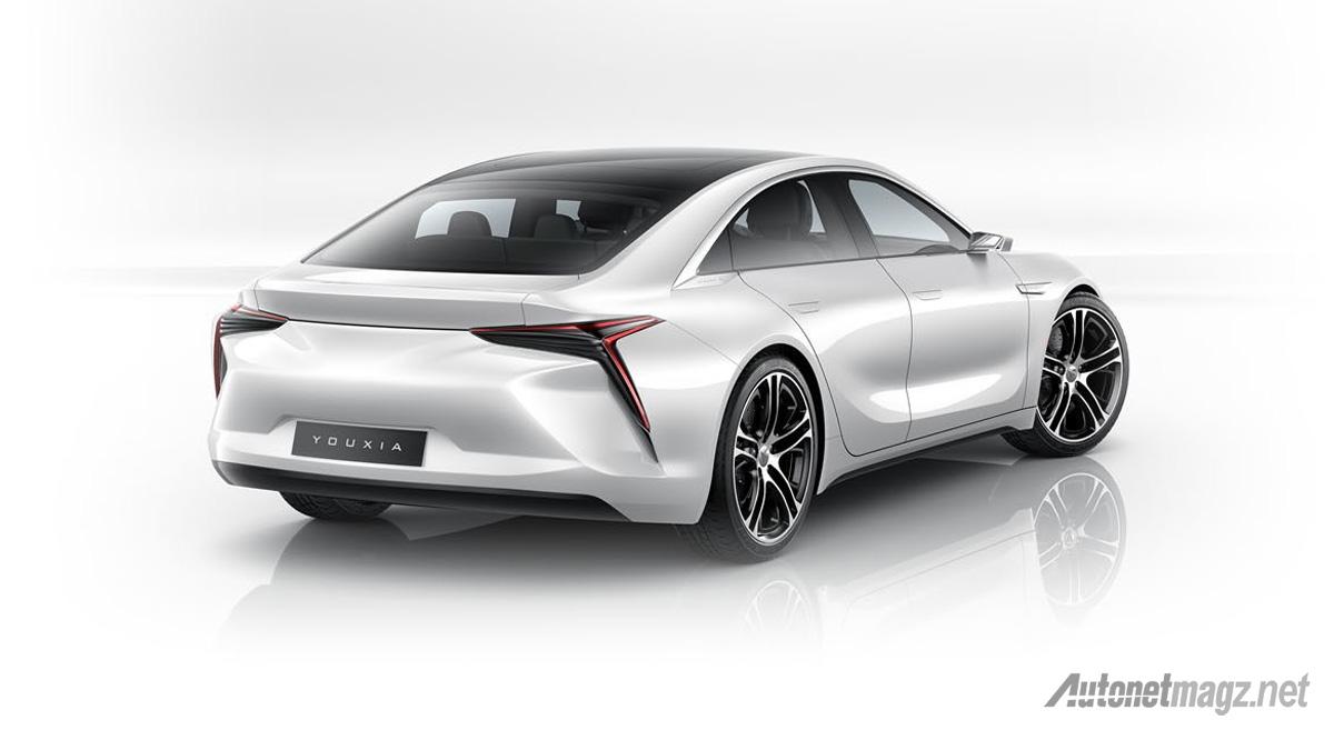 youxia-x-electric-sedan