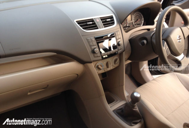 Interior-New-Suzuki-Ertiga-Facelift-2015