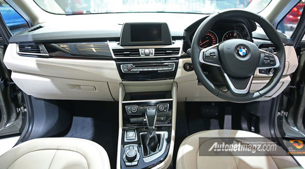dashboard-bmw-gran-tourer