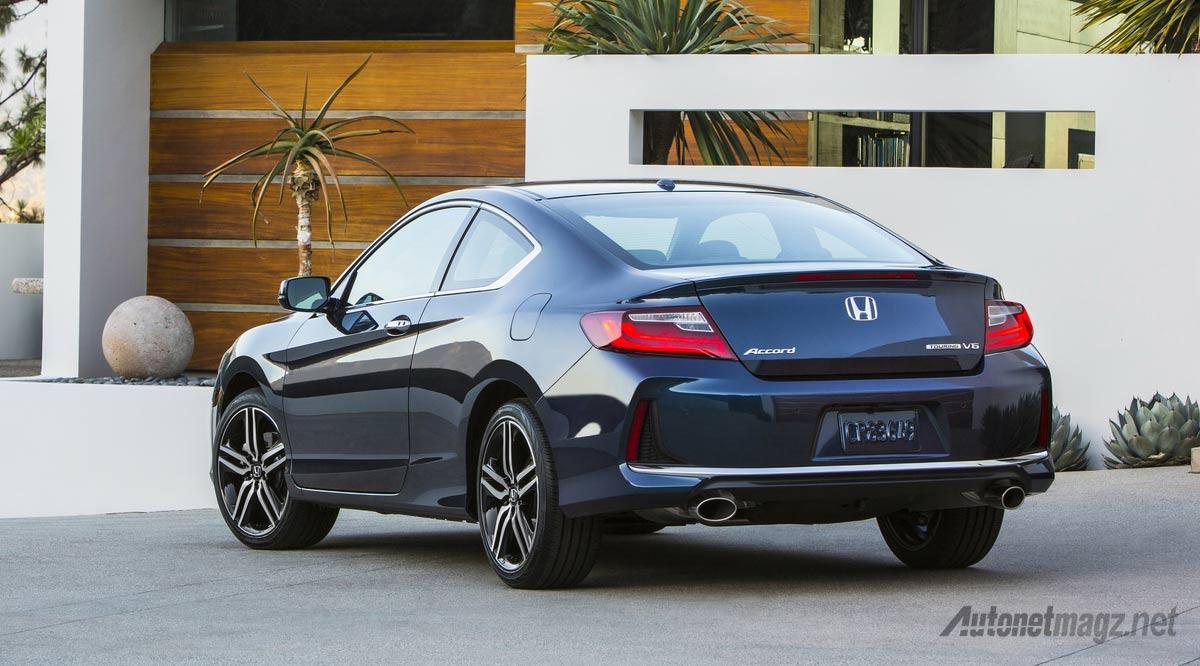 honda-accord-coupe-rear