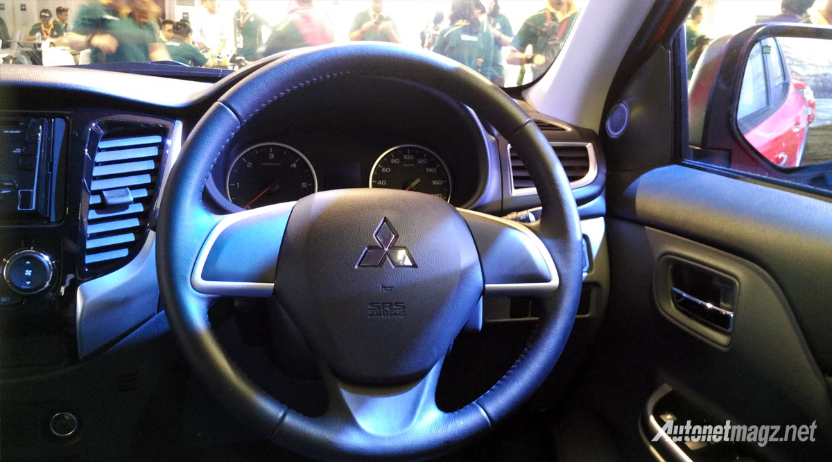 Berita, setir-mitsubishi-triton-2015-indonesia: First Impression Review All New Mitsubishi Triton 2015 with Video