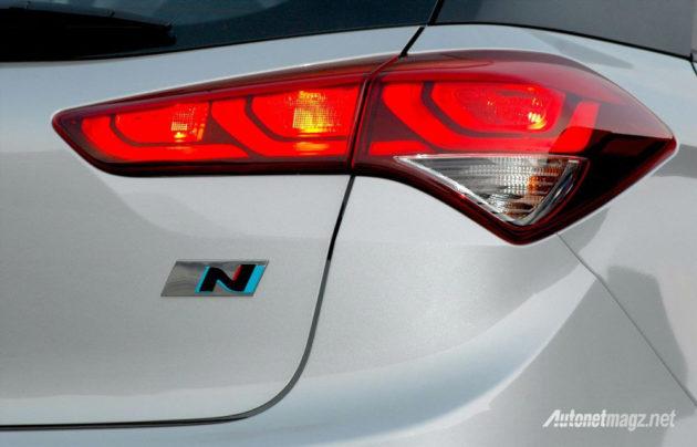 hyundai-i20-n-sport-stoplamp